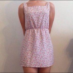 XS Vintage Pink & White Floral Dress